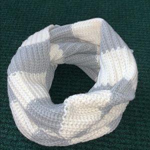Winter neck wrap/scarf